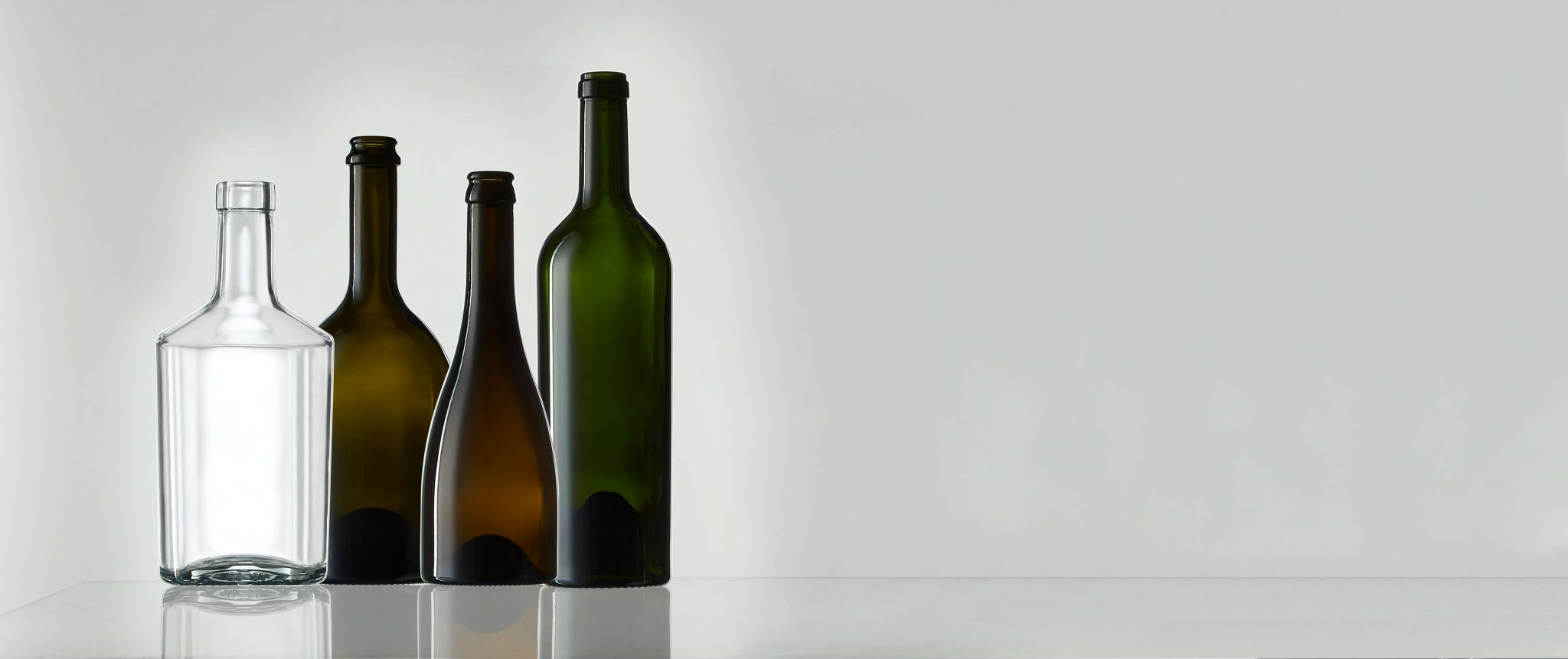 The glass coloring palette of premium glass bottles by Selective Line