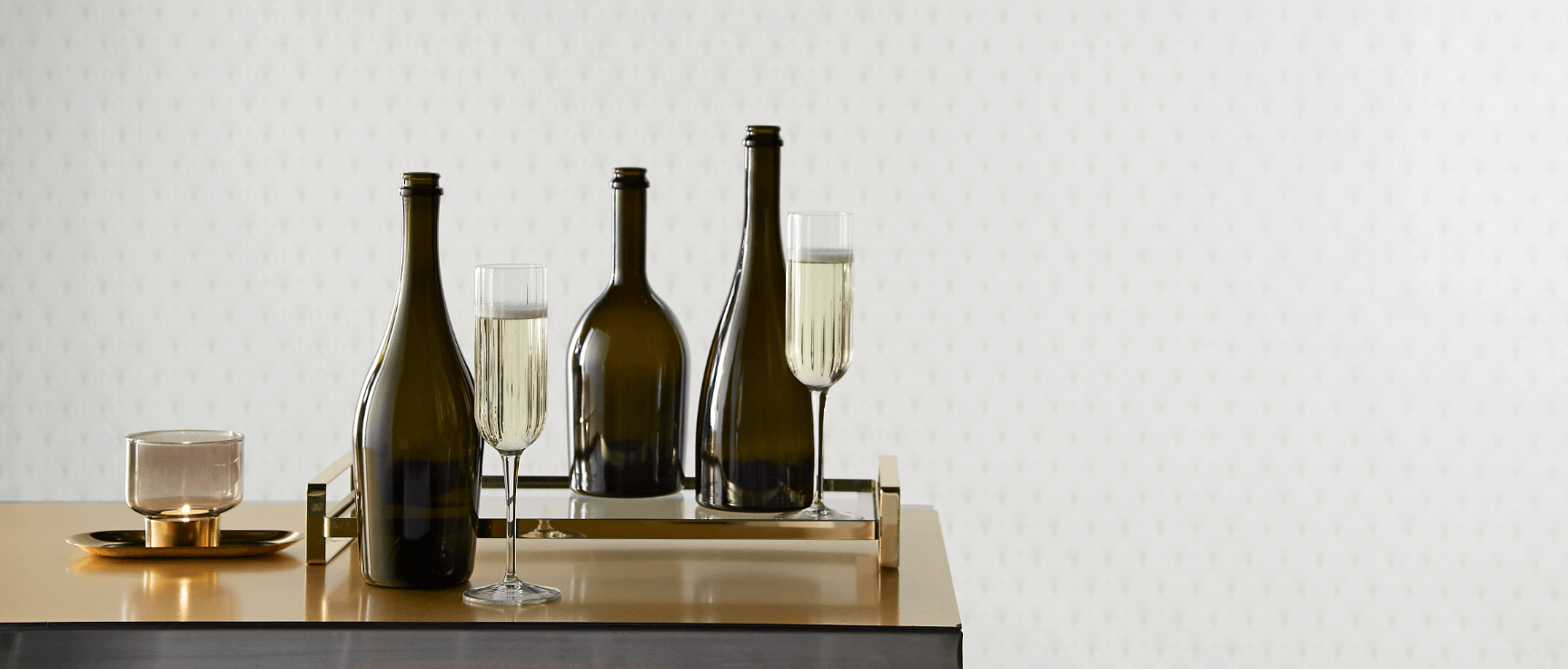 Sparkling wines with premium glass bottle by Selective Line